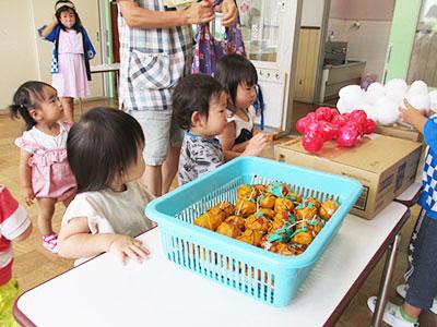 松島保育所夏まつりのお店屋さん体験